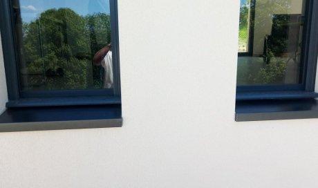 Pose de bassoir de fenêtres en aluminium laqué couleur gris anthracite à Clermont-Ferrand