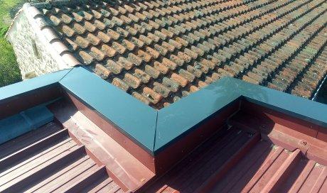 Pose de couvertine en aluminium laque en Haute-Loire